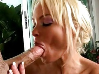 cock hungry milf rhylee richards sexy sucking a