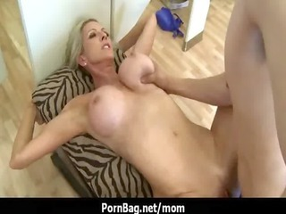 big boobs mommy getting screwed hard 15