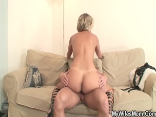 hawt mother in law enjoys cock riding