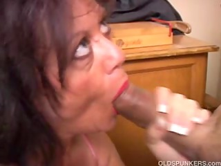 delightsome aged honey gives a oral sex lesson