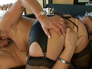 mother i in stockings gives deepthroat