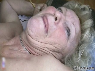 nasty old honeys go crazy engulfing