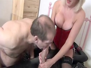 gorgeous blonde mother id like to fuck to engulf