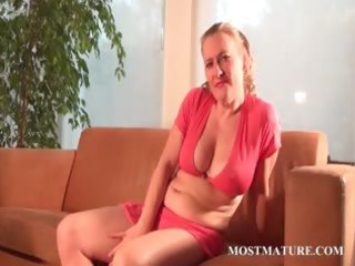 lusty mommy teasing body with a banana