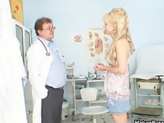 horny doctor abused a aged golden-haired mommy