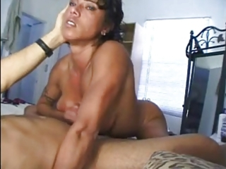 muscle milf cook jerking
