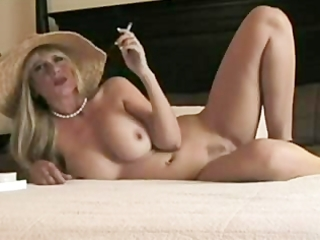 golden-haired smokin d like to fuck wishes fucked