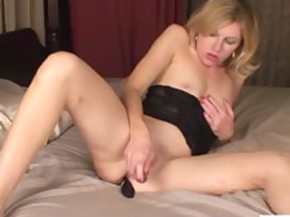petite milf clitoris slapping sex toy fuck