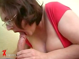 plump milf screwed by student
