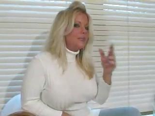 smokin fetish mature blonde smokin in snakeskin