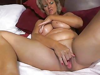 awesome large tited mom masturbates