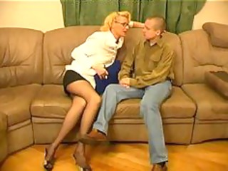 russian granny womensex with young guys86 aged