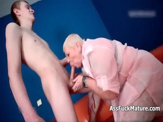 corpulent old bbw domme loves sucking young