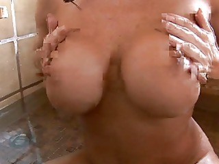 victoria valentino rides the sybian and gets fuck